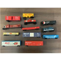 NO RESERVE 12 VINTAGE TRAIN CARS INCLUDING RARE GARX JELL-O GELATIN DESSERT CAR