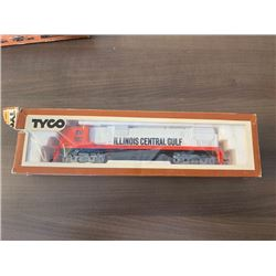 NO RESERVE RARE VINTAGE TYCO ILLINOIS CENTRAL GOLF LOCOMOTIVE ENGINE NUMBER 1102 NEW IN EXCELLENT CO