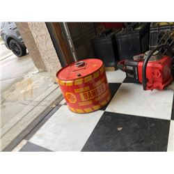 NO RESERVE VINTAGE METAL GAS CAN