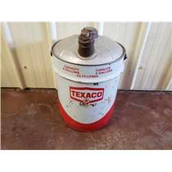 NO RESERVE VINTAGE TEXACO OIL GAS CAN 5 GALLON