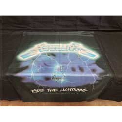NO RESERVE COLLECTIBLE METALLICA RIDE THE LIGHTNING FLAG