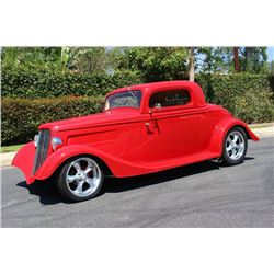 1934 FORD COUPE CUSTOM AWARD WINNER