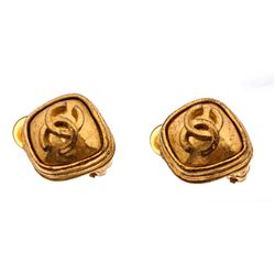 Chanel Gold CC Square Vintage Clip On Earrings 97A