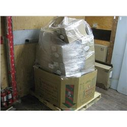 PALLET OF HOT TUB / POOL CHEMICALS