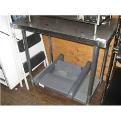 OMCAN NSF 24 X 36 INCH STAINLESS TABLE