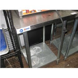 OMCAN NSF 24 X 24 INCH S/S TABLE WITH UNDERSHELF