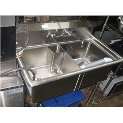 NELLA DOUBLE STAINLESS STEEL SINK