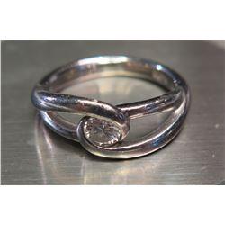 Platinum Ring with Single Diamond
