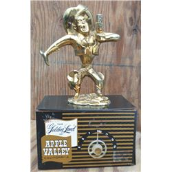 very rare 40's Apple Valley, Calif vintage radio from the radio station that used to air Roy Rogers
