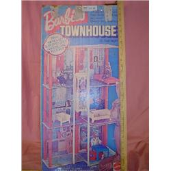 Barbie Townhouse 3 1/2 Ft  Mattel
