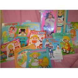 Paper Doll Books   Like New Miss Piggy