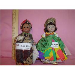 2 Madame Alexander Intern Dolls Brazil