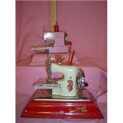 Sewing Mach Straco Kay an ee Sew Master