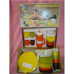 2 Tupperware Playsets Party & Serving S