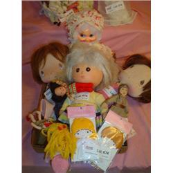 Tray of 14 Assorted Dolls: 1)Grandma Do