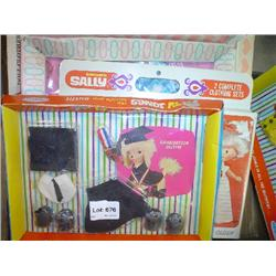 """Assorted Boxes of New Doll Clothes: 1)"""""""