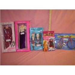 """Assorted Doll Clothes & Doll Bike: 1)""""A"""
