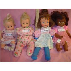 Tray of 4 Dolls: Vinyl Heads & Cloth St