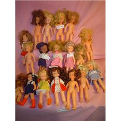 Tray of 18 Dolls. Plastic/Vinyl. Most h