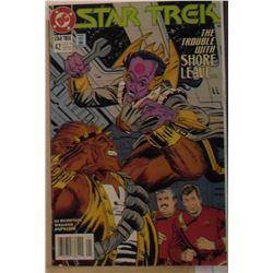 Printed in Canada DC Comics Star Trek #42 January 1993 - bande dessinée