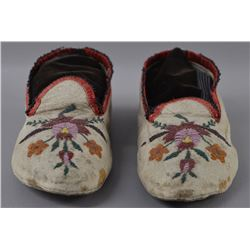 PLAINS INDIAN BEADED MOCCASINS