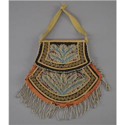 IROQUOIS INDIAN BEADED PURSE