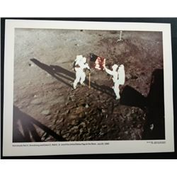 NASA OFFICIAL LITHOGRAPH: ARMSTRONG AND ALDRIN ERRECTING THE US FLAG ON THE MOON.