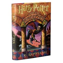 HARRY POTTER AND THE SORCERER'S STONE HARDBOOK SIGNED.