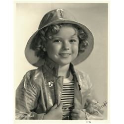 SHIRLEY TEMPLE SIGNED PHOTO.