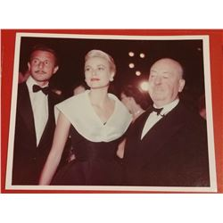 GRACE KELLY AND ALFRED HITCHCOCK.
