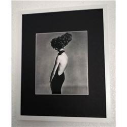 RICHARD AVEDON - Jean Shrimpton, Evening dress by Galitzine, Hair by Alexandra, Paris Studio, Aug'65