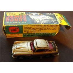 JAMES BOND - Corgi Toys 261 James Bond Aston Martin DB5 Gold with original box.