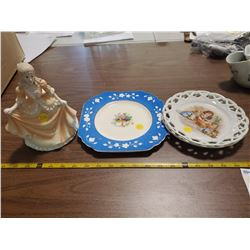 3 DECORATIVE PLATES & PORCELAIN DANCING GIRL FIGURINE
