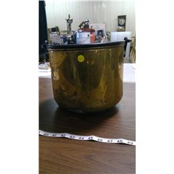 BRASS POT (WITH CRACK)