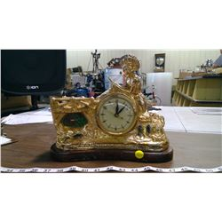 UNITED METAL 'FISHERMAN' MANTLE CLOCK