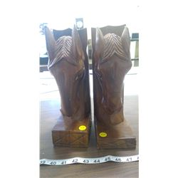 2 WOODEN HORSE BOOKENDS
