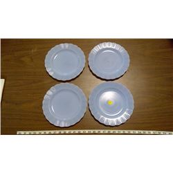 4 PYREX PLATES