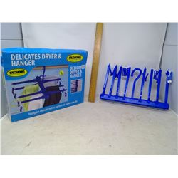 Delicates Dryer and Hanger