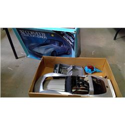 1:18 Scale Model Corvette