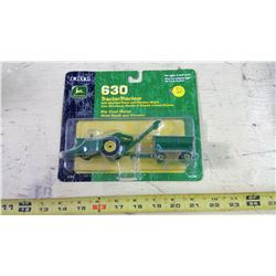 ERTL 1/64 JOHN DEERE TRACTOR AND TRAILER SET