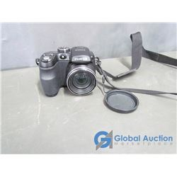 Fujifilm Finepix S1000fd Digital Camera - 10 Mega Pixels