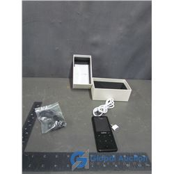 Mahai MP3 Player 16GB w/Earbuds & Cord in Box