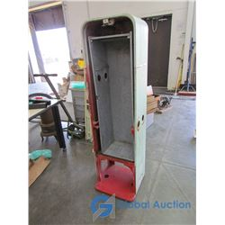 **Vintage Vendo Machine Model 44