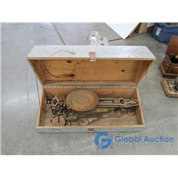 **TBB-1 Scale in Wooden Box