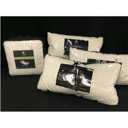 "BEDDING INC. 4X DISTINCTLY HOME FIRM SUPPORT PILLOWS AND ONE ""WARMER"" KING SIZE DUVET"