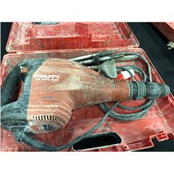 HILTI TE 700-AVR WITH CASE AND ASSORTED BITS