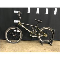 GREEN SCHWINN BMX BIKE FRONT AND REAR BRAKES AND GYRO, REAR BRAKE LINE CUT, GYRO/BRAKES NEED