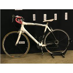 WHITE ROCKY MOUNTAIN PRESTIGE 20 SPEED ROAD BIKE, REAR DERAILLEUR NEEDS ADJUSTMENT, 60 CM FRAME