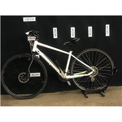 WHITE NORCO VFR5 24 SPEED HYBRID TRAIL BIKE WITH FRONT AND REAR DISC BRAKES, MEDIUM FRAME SIZE,