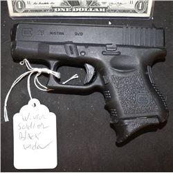CAPTAIN AMERICA THE WINTER SOLDIER BLACK WIDOW SCREEN USED STUNT GUN